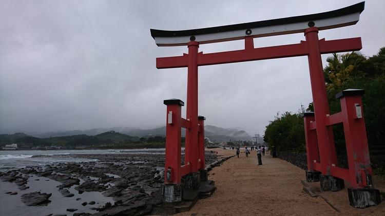 aoshima-jinja-torii